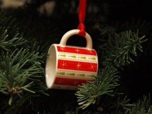 Image: coffee cup ornament